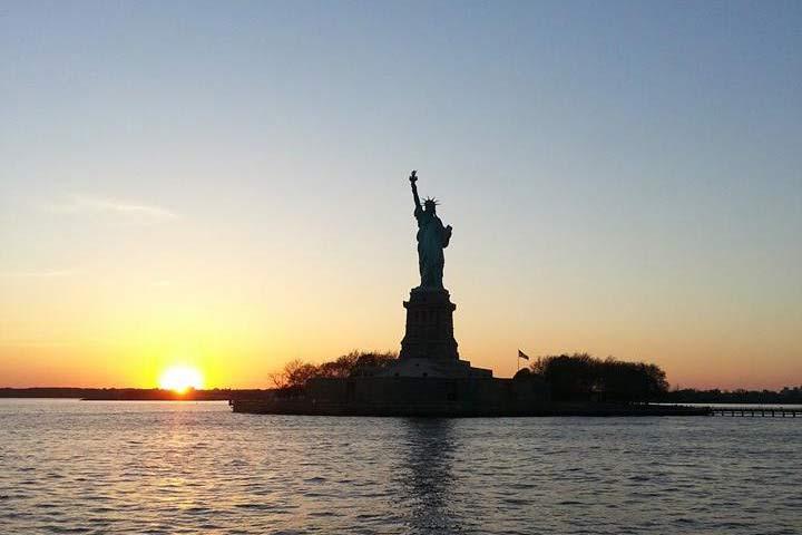 statue-gallery-sunset.jpg